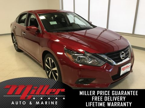 New 2018 Nissan Altima 2.5 SR FWD 4D Sedan Lifetime Warranty