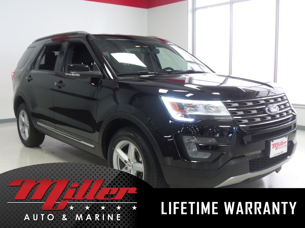 2017 Ford Explorer XLT - Lifetime Warranty