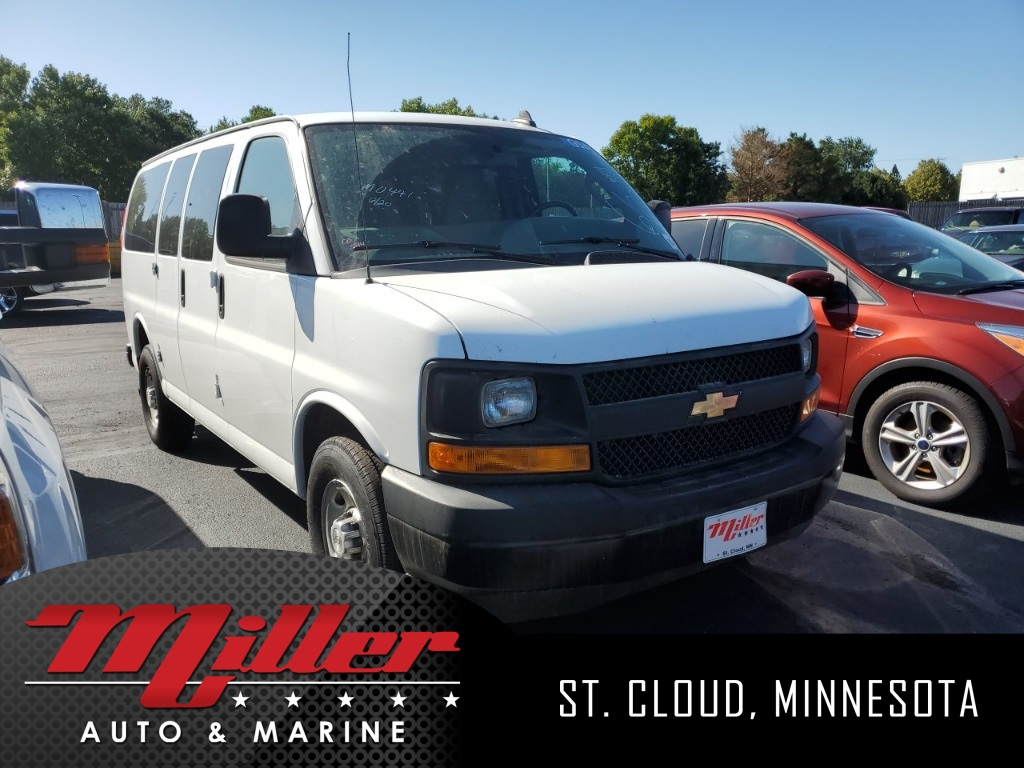 Pre-Owned 2017 Chevrolet Express 2500 LS