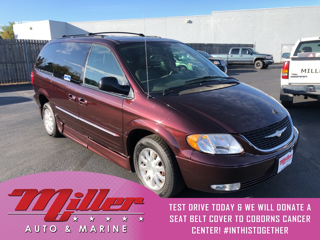 Pre-Owned 2003 Chrysler Town & Country LXi