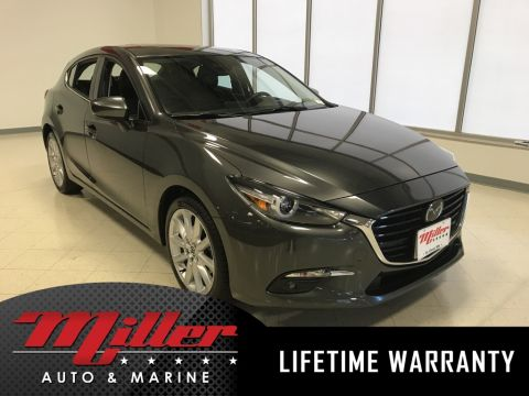 Pre-Owned 2017 Mazda3 Grand Touring Lifetime Warranty
